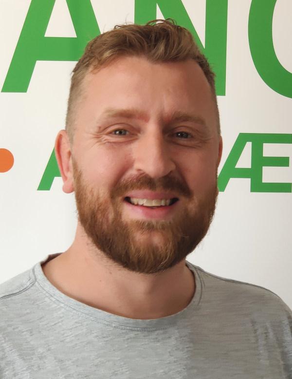 Glenn Thomsen, Åvang ApS